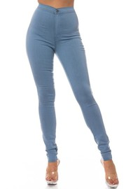 High Rise jean with round back pockt.