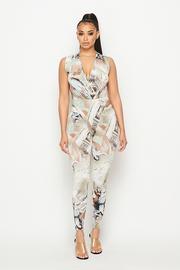 Print sleeveless bodysuit with pants 2 piece set.