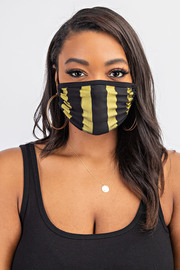 Stripe face mask.