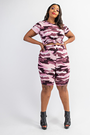 Plus Size Short sleeve top and biker shorts set.