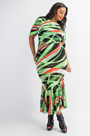 Plus Size Boat neck short sleeve long dress with ruffle hem.