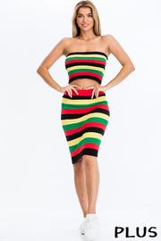 Plus Size Reggae Knit tube top and skirt set.
