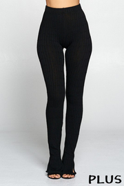 Plus Size Luxurious semless ribbed leggings with slit detail.