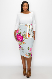 Plus Size Two Tone contrast flower print Dress.