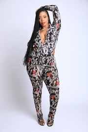 Plus Size Face and Lip Printed Collared Bodysuit Set.
