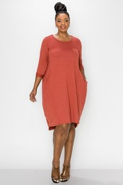 Plus Size Relaxed Fit 3/4 Sleeves Balloon Dress with Pocket.