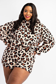 Plus Size Teddy Fleece Hoodie And Shorts Set.