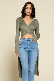 Solid Long Sleeve V-neck Top.