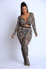 Plus Size Printed mesh stocking leggings set.