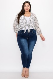 Plus Size Hi multi chiffon print 3/4 sleeve tie front top.