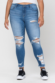 Plus Size Mid Rise Distress Frayed Hem Crop Skinny.