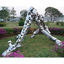 Stainless Steel Giraffe Sculpture