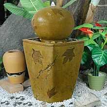 Sphere on Column Leaf Design