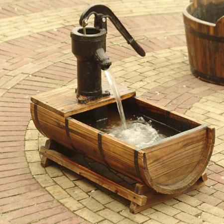 Solar Powered Dundee Wooden Barrel Garden Fountain Water