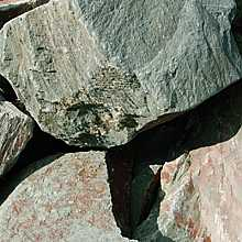 Kelkay Rustic Sage Rockery Stone Bulk Pallet