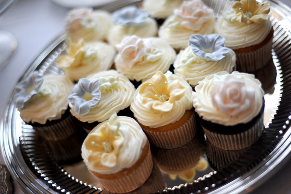 wedding cupcakes and treats photography 03