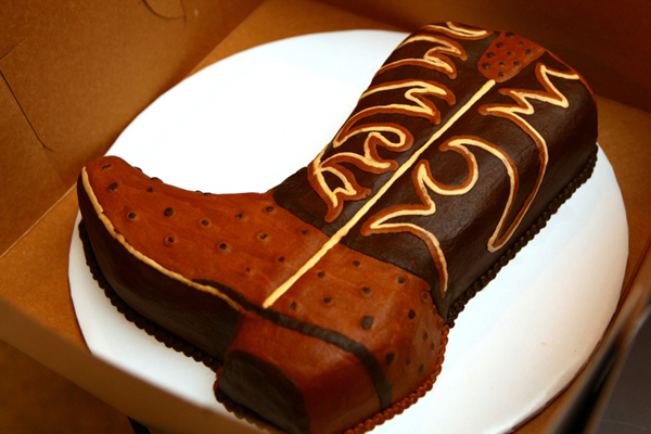 cowboy boot grooms cake