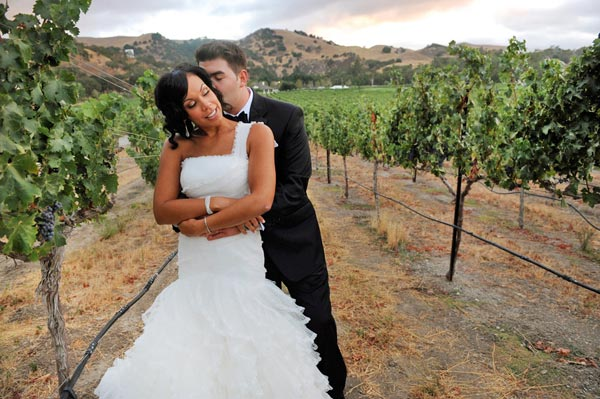 wedding portrait in a vineyard