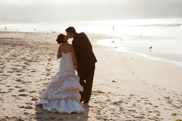 romantic beach wedding photography