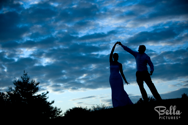 sunset silhouette wedding photo