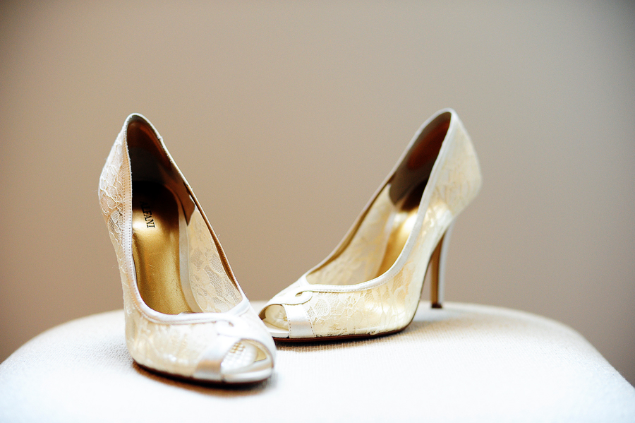 wedding shoes photography 09
