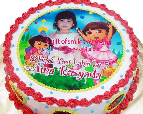 Cake Images With Name Hari : Birthday Cake Edible Image Dora The Explorer Kek ...