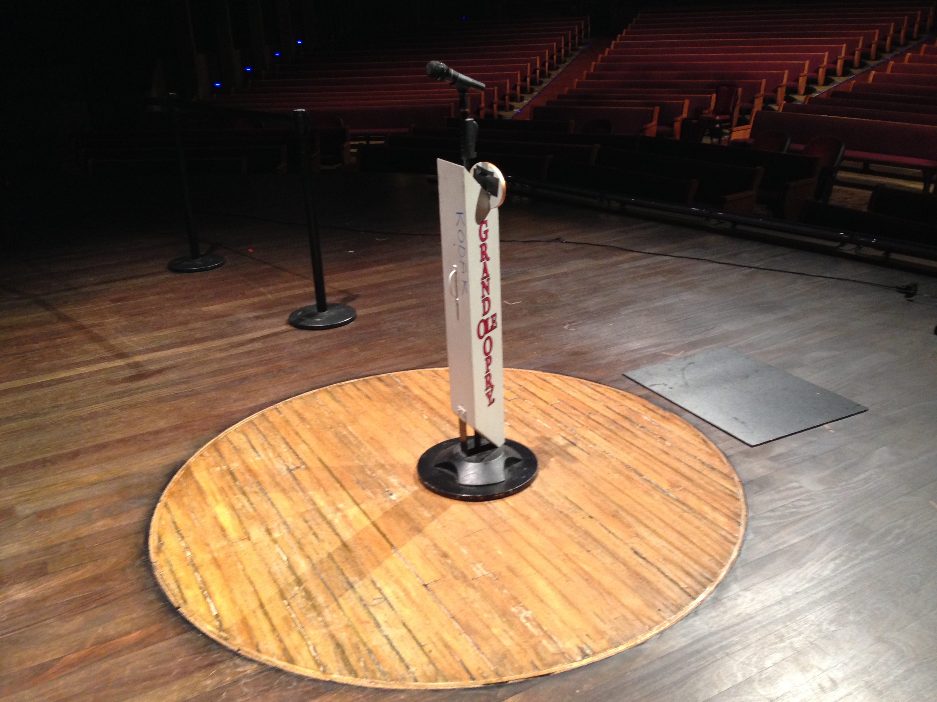 Circle on Stage