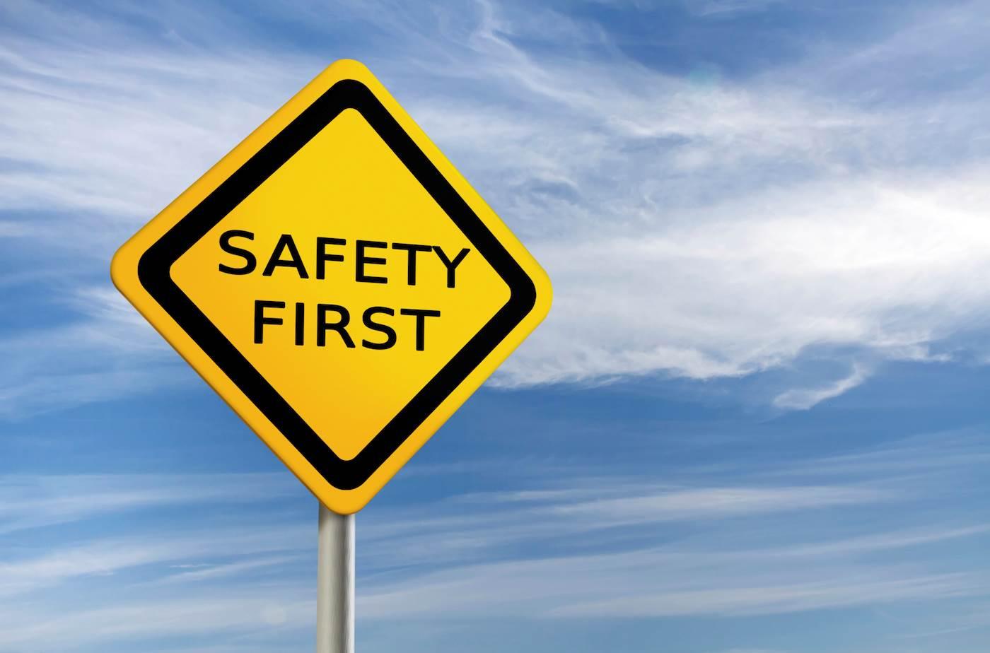 6361703775116023131527048689_safety-first