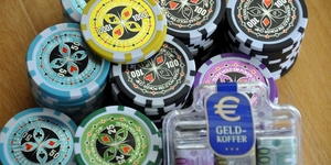 Connect with the Promo Judi Poker group