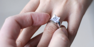 read about Things to consider when buying a perfect diamond engagement ring