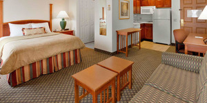 read about Hotels in Dorney Park
