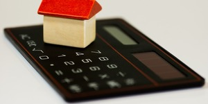 read about 5 Tips to Manage Your Household Budget