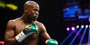 read about Floyd Mayweather publicizes popular fight bets in Las Vegas, Money wan