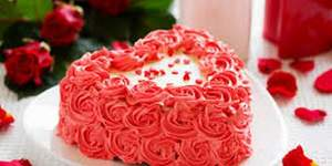 read about Pick Up Anniversary Cakes as Per the Year of Marriage