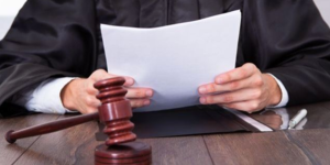 read about 5 Signs That Indicate Your Car Accident Attorney is a Professional