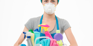 read about 6 Harmful Toxins in Cleaning Products