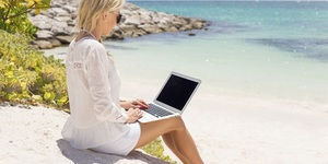 read about You could work from a beach (and be very rich)