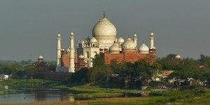 read about Easy plan for same day Taj Mahal tour
