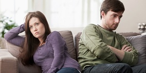 read about 3 Signs That You May Be in an Unhealthy Relationship