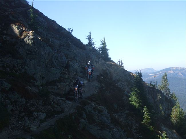 From John Bores:  The club ride at Little Naches October 5th and 6th was a success… there were no casualties, and only minor damage to a couple of bikes! Although meant to be a ride both Saturday and