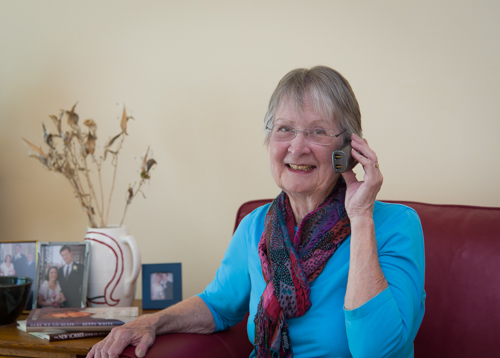 Volunteering - Leslie on phone