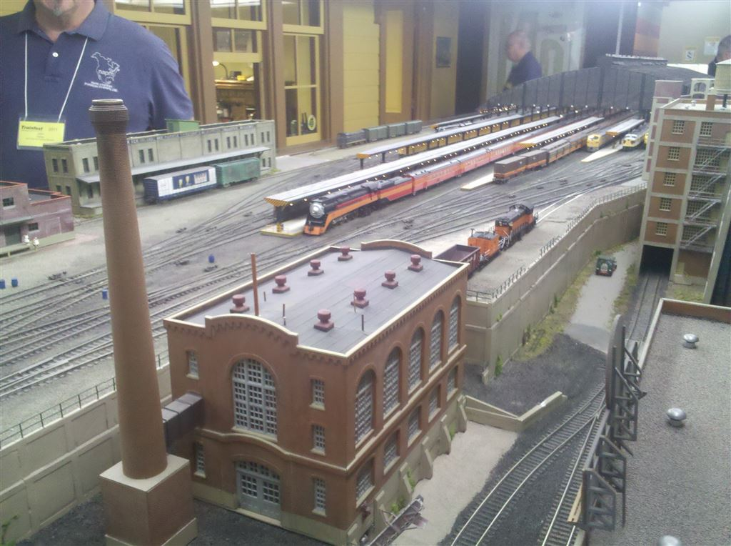 A joint setup with the Northwest Trainmasters