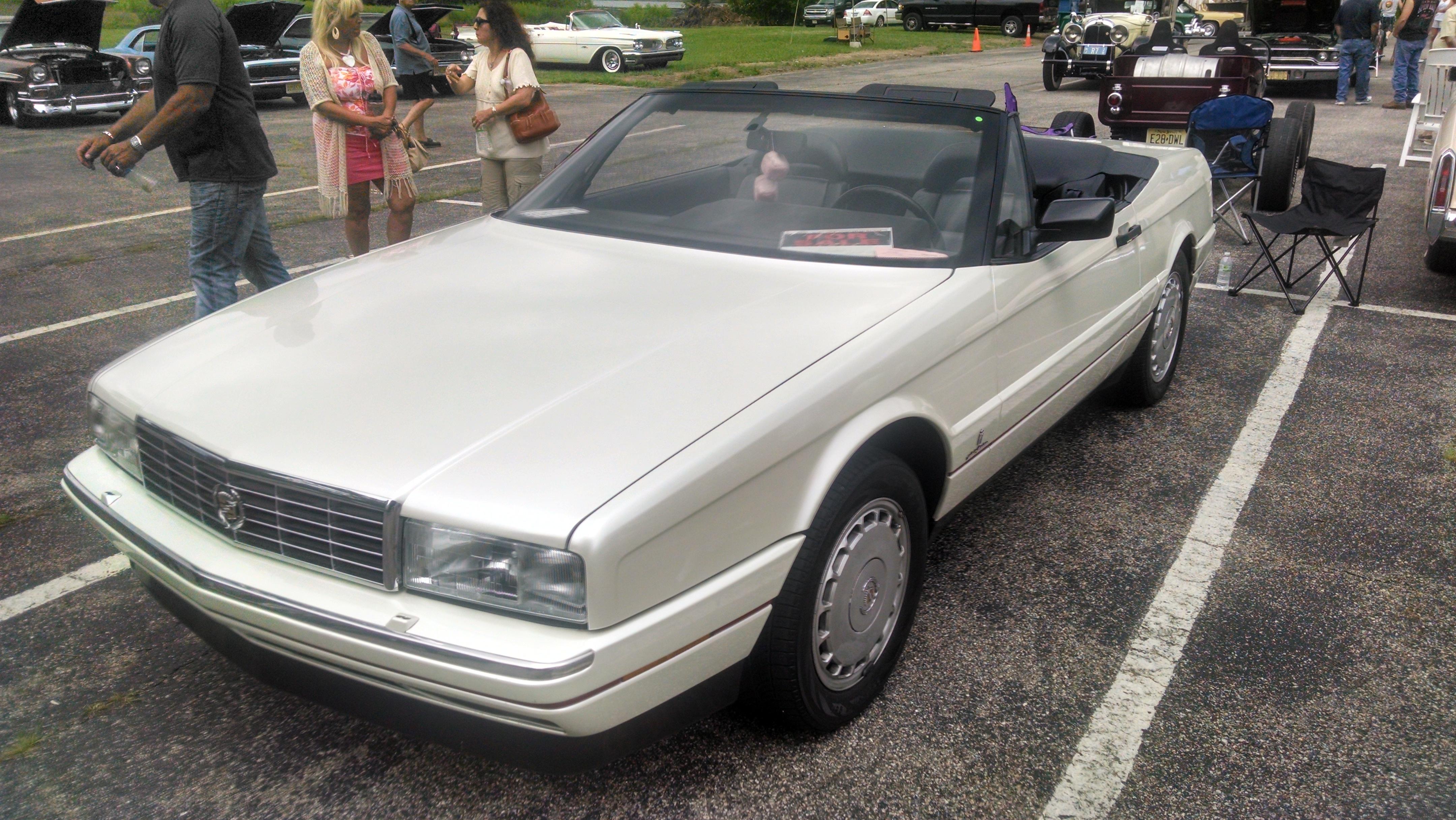91s - The Cadillac Allante XLR Club