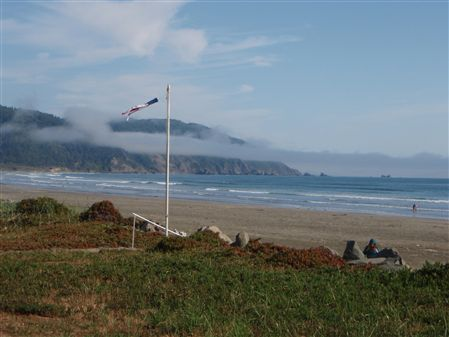 Highlights from both the 2008 and 2009 North Coast Dual Sport Ridesin the Crescent City Area. Redwood roadways, coastline cruising, mountain vistas, ...