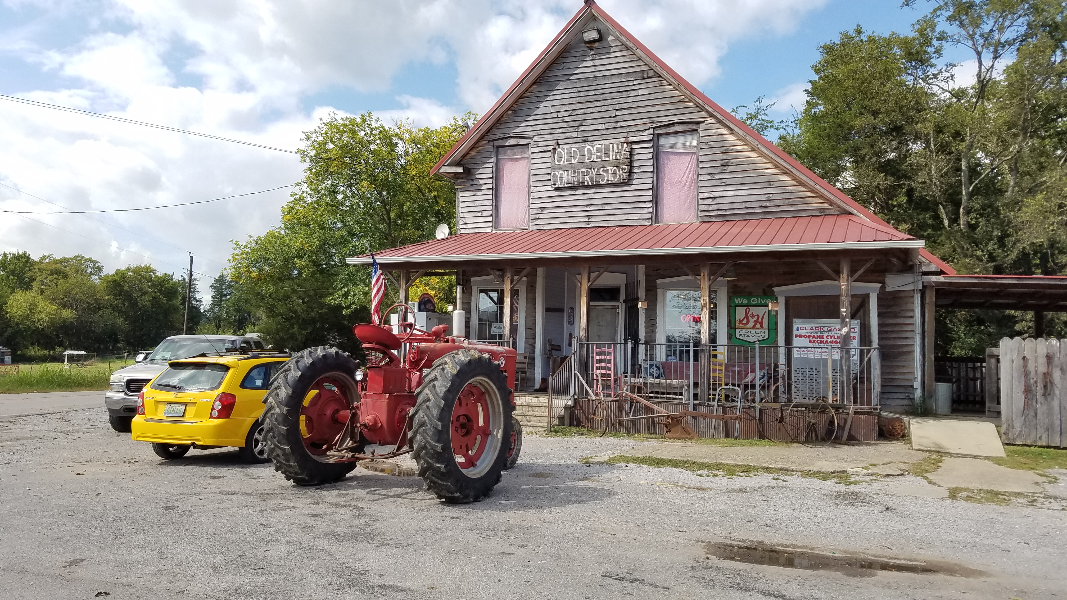 Rest Stop 3 - Delina General Store 03