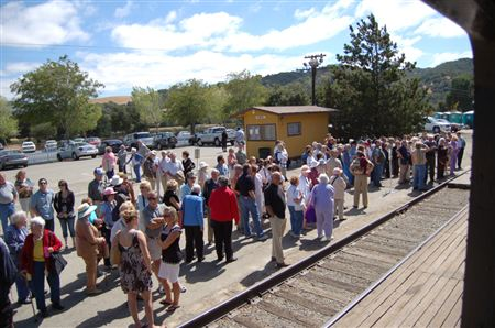 The Wine Tasting Special (WTS)  events at the Niles Canyon Railway are renowned for the service and selection of Livermore valley wines. Enjoy a 2 hour tour of our historic canyon.