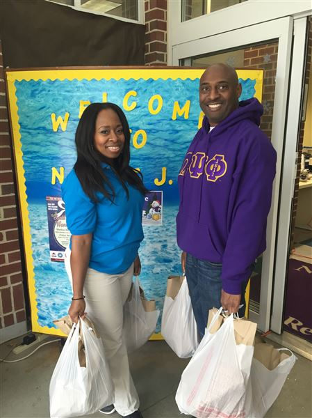 Psi Nu provides Christmas baskets to those less fortunate.