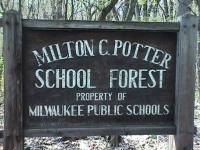 http://milwaukeerecreation.net/rec/Locations/Potters-Forest.htm