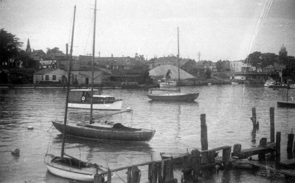 Kenosha Harbor Old 1