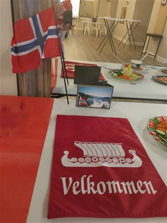 We celebrated Norwegian Independence Day with good food, Norwegian ale and sparkling champagne, and